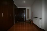 収納豊富な広々玄関ホール